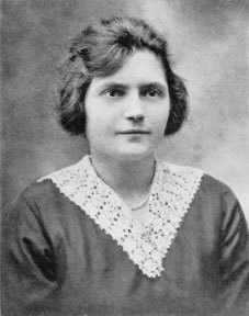 1920 graduate Amalia Simonetti was the first alumna to become a medical doctor.