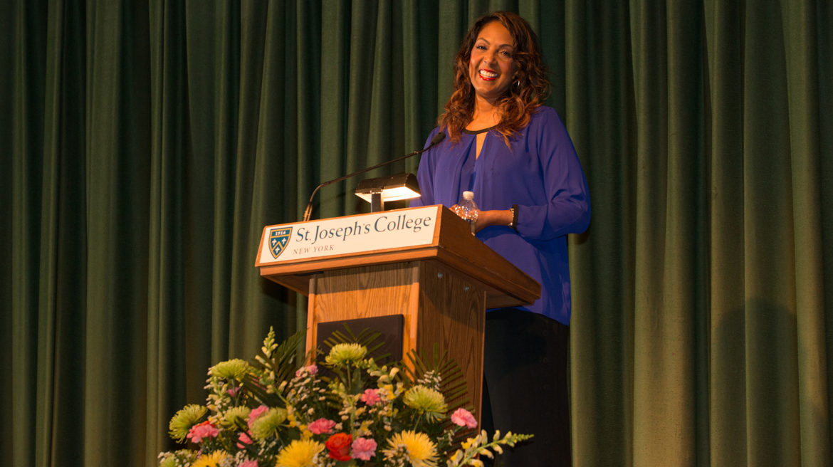 Presidential Lecture Series Back at SJC